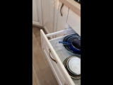 кухня, крашенный мдф, столешница искусственный камень ,фурнитура blum
