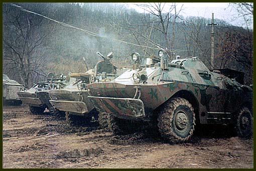 БРДМ-2, которые в прежние времена не слишком жаловали в войсках, в Чечне стали незаменимым транспортом разведчиков
