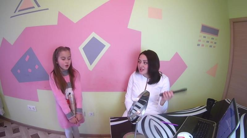 1 Уроки вокала для детей Как правильно держать опору и дышать