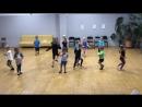 Начали учить танец «Тролли»
