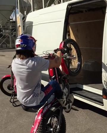 """Red Bull on Instagram: """"Loading unloading - @ag141 style. 🎥: @maxkicer @q.v.djangoinzil trialbike motorsports motorcycle wheelie redbull"""""""