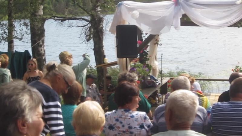 MVI_4442 Праздник Яблочного спаса и встреча жены с однокласниками-земляками.