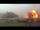 Военные инженеры взрывают ветхие здания