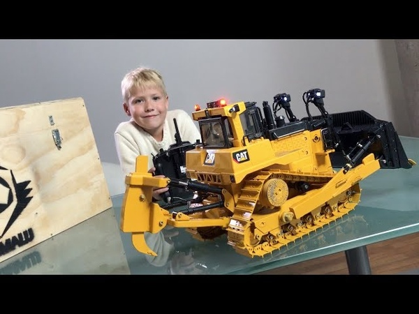 RC Bulldozer BRUDER CAT D11 by GRUMALU unboxing and review by JACK(5) OUTDOOR TEST