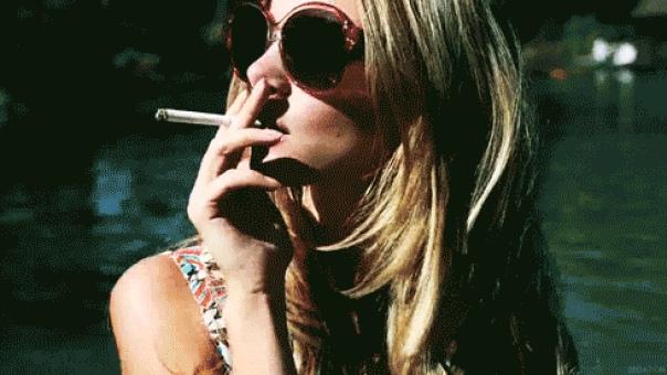 волосы гифка очки с сигаретой просто показать модные