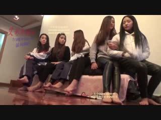 body and facesitting six girls