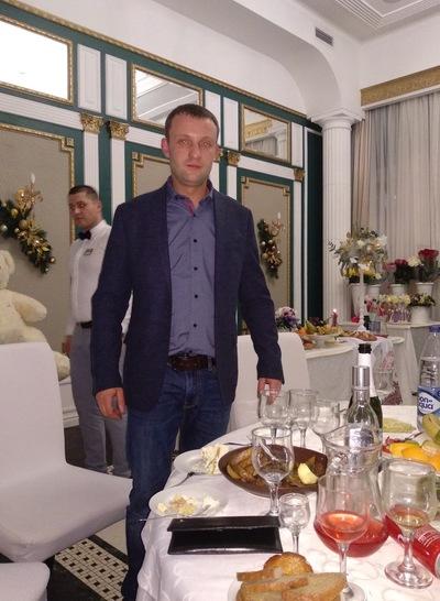 Павел Лавров