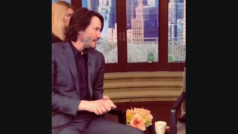 Keanu Reeves reacts perfectly when Kelly Ripa confesses that she used to 'make out' with a life sized cardboard cutout of him ba