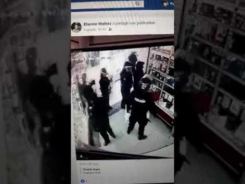 La police entrain de pillé un magasin de téléphone à Paris Ils accusent les gilets jaunes