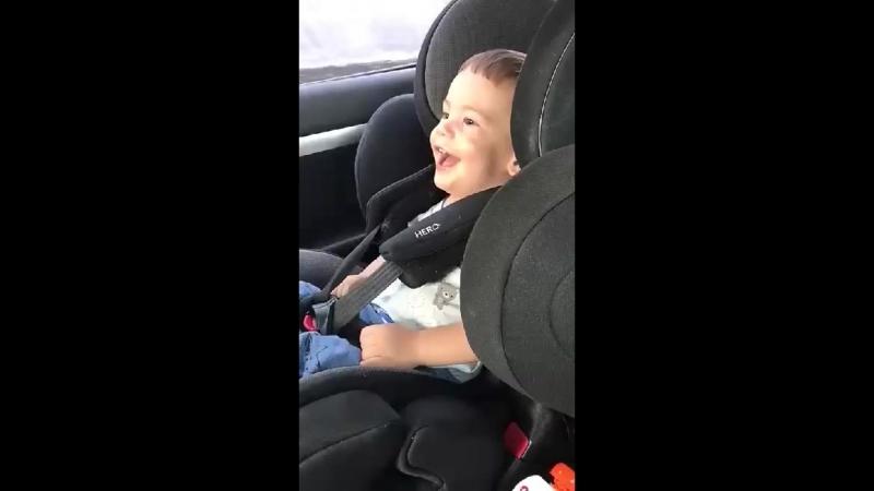 Тимур Бондарь. Жизнерадостный малыш. Он борется со страшным недугом-ДЦП. Поможем малышу вместе!