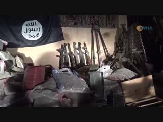 مقاتلو قسد استولوا على كمية كبيرة من أسلحة تنظيم داعش خلال تقدمهم في منطقة هجين بريف دير الزور وضمنها عشرات الالاف من الطلقات ال