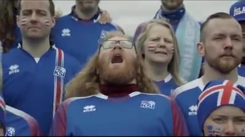 Исландские болельщики еще перед чемпионатом мира спели «Калинку». Это супер!