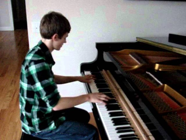 One Direction: What Makes You Beautiful Piano Cover