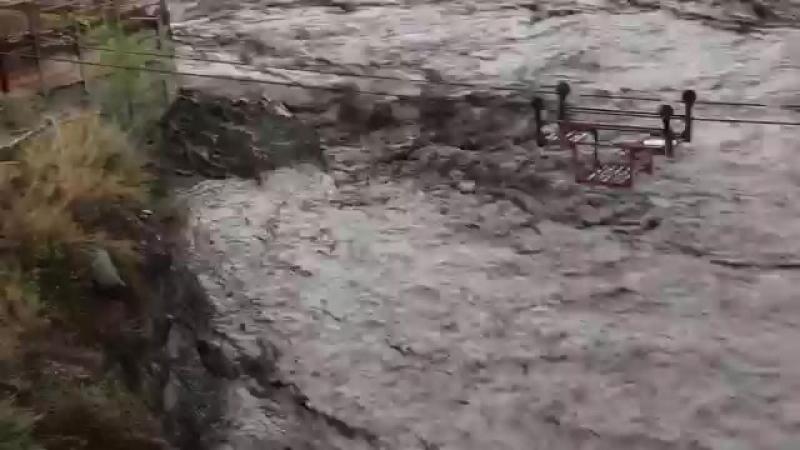 В Ахтынском районе стихия разрушила дорогу и повредила линии электропередач