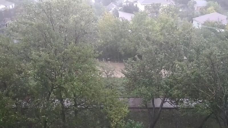 Симферополь 23.07.18 . А из нашего окна РЕЧКА НОВАЯ видна!