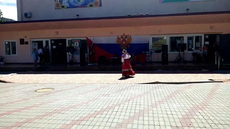 Алеся Лужкова на праздновании Дня ВВС пгт Новомихайловский 12 08 2018 Ансамбль и соло
