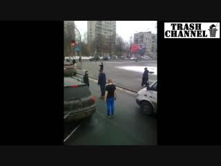 Два патриота россии избили студента заступившегося за пенсионерку