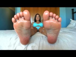 Princess Fierce - You Love Feet More Than Pussy POV