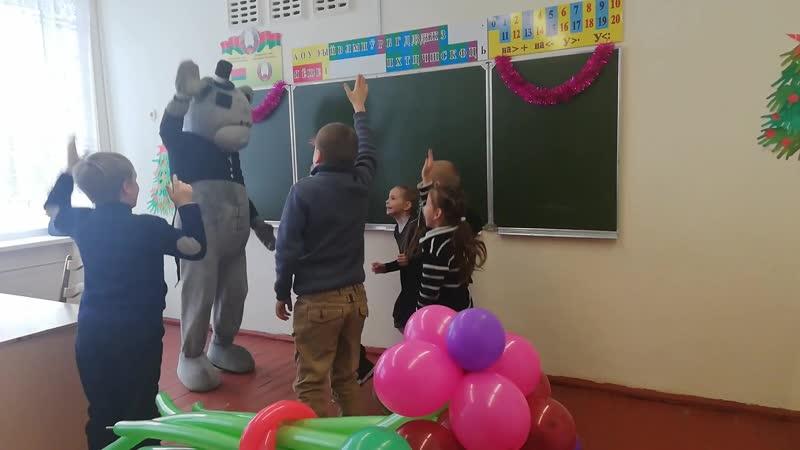 15.01.19 Ребята в восторге от Мишки Тедди 🤗