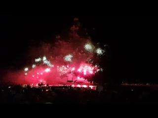 Канны. Фестиваль фейерверков на пляже