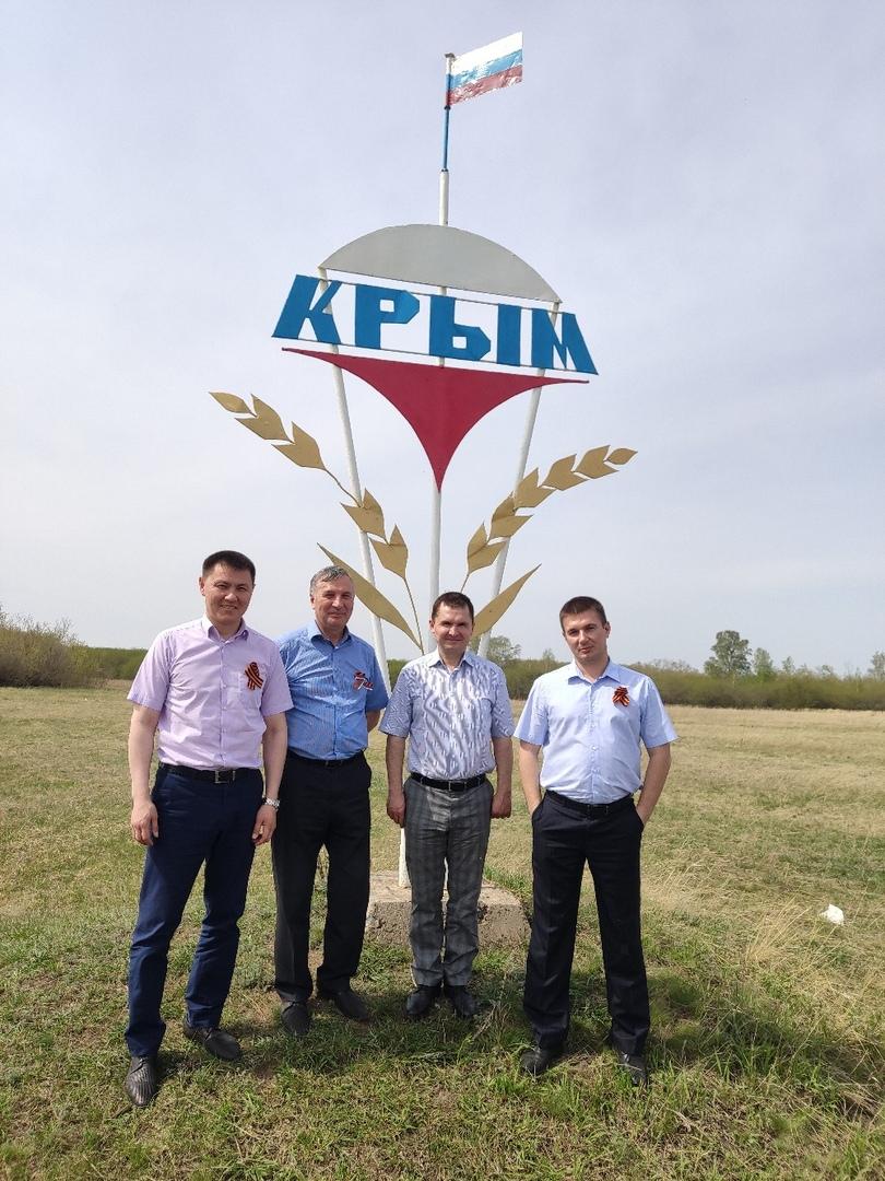 памятник павшим воинам в ВОВ в д. Бежевка Полтавского района Омской области