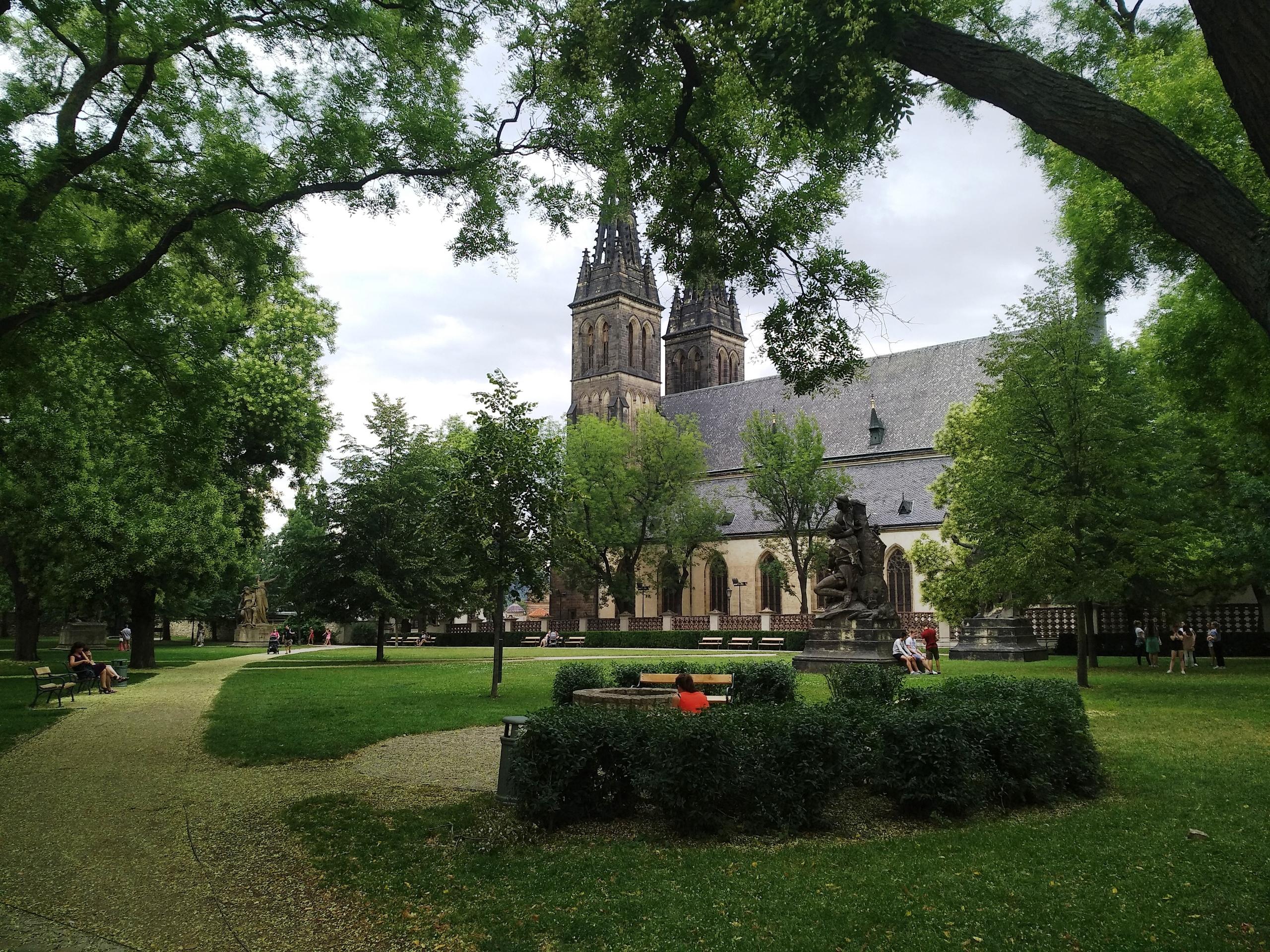 Вышеград в Праге: место, где скелеты пляшут по ночам