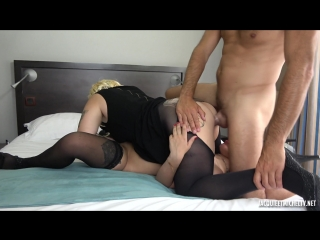 Adele, zoe (adele, 21ans, sous la coupe de zoe)[amateur, anal, blowjob, debut, lesbian, ffm, threesome, hardcore]
