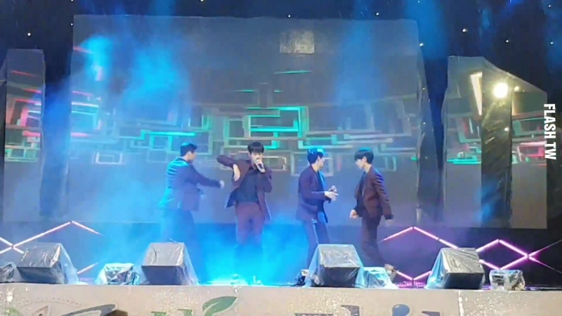 181005 [fancam] 크나큰(KNK) Tonight @ 39th Living in Jincheon Culture Festival