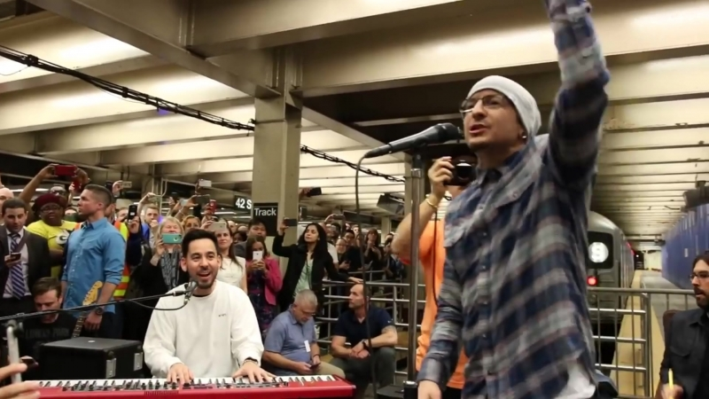 Linkin Park - In the End (LIVE in Grand Central Station)