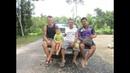 Одну семью пригласили пожить у тайцев