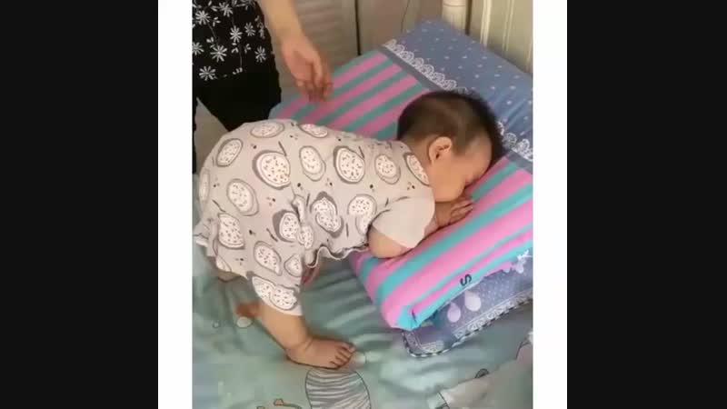Bayi gemes on Instagram_ _Mom _ ayo bangun Me _ Ma.mp4