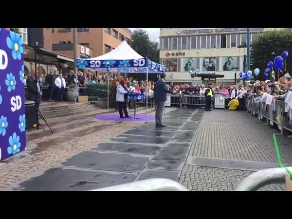 JUST NU: Jimmie Åkesson i Borås Det har knappt varit några störningar över huvud taget