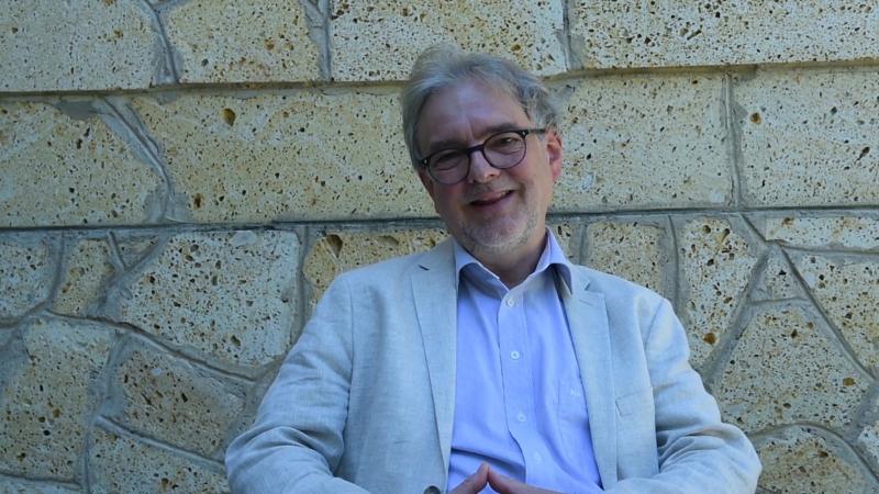 Беат Ринк - пастор и основатель международного движения Крещендо о книге Больше музыки