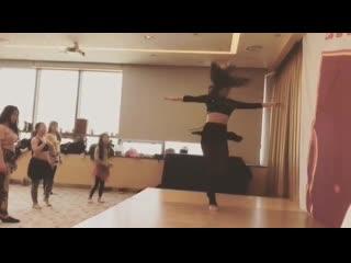 Vk.com/all_workshops_belly_dance дарья мицкевич повороты