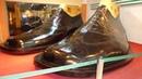 Самые большие ботинки в Мире выставлены в музее обуви в Марикина сити Манила