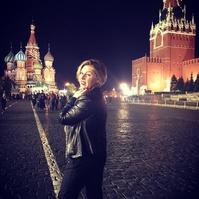 Варя Николаева