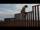 Трамп облажался И эта стена должна остановить мексиканцев