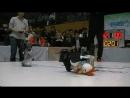 Эпичный бой робота и петуха
