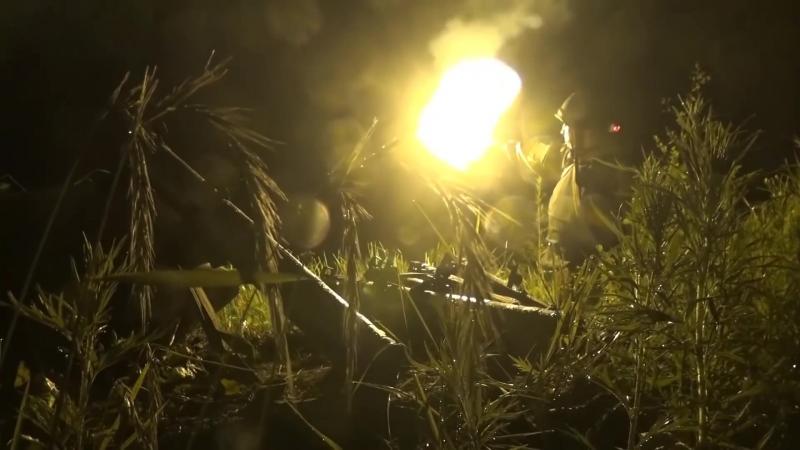 Тактическое учение с боевой стрельбой ночью мотострелков ВВО
