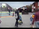 Дети из школы садоводов поздравляют зоопарк с днём рождения