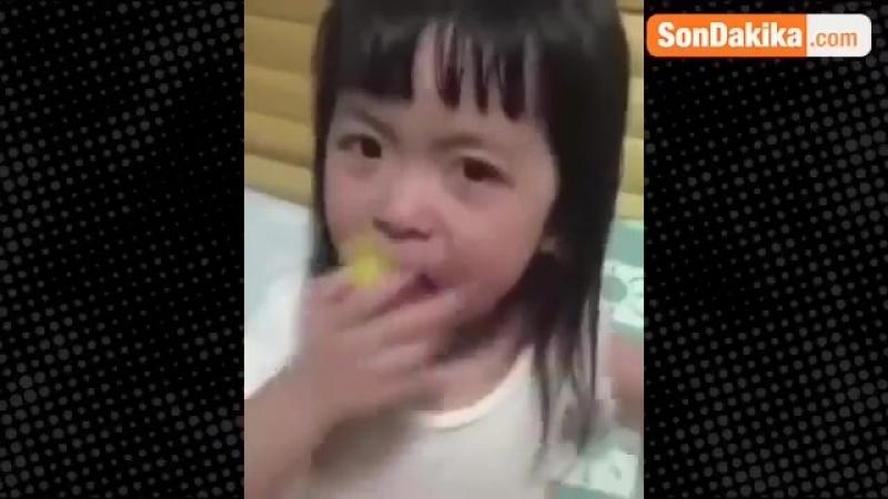 Oscarlık Performans Minik Kızın Ağlama Numarasına Milyonlar Güldü.avi