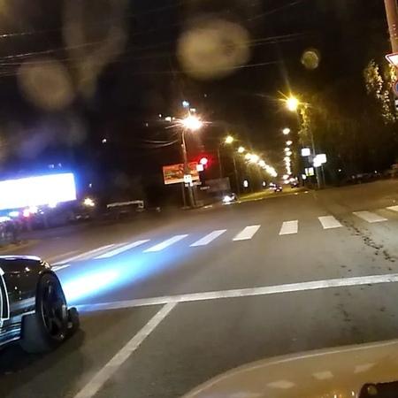 """Мокрый Мокасин on Instagram Тупой самарский олигофрен Смотрите это видео когда будет жалко очередного погибшего гонщика на улицах города"""""""