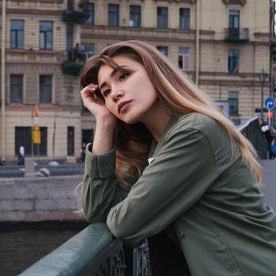Людмила Наумова