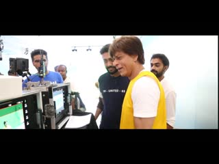 Bollywood superstar shah rukh khan visited emirates sportsmed