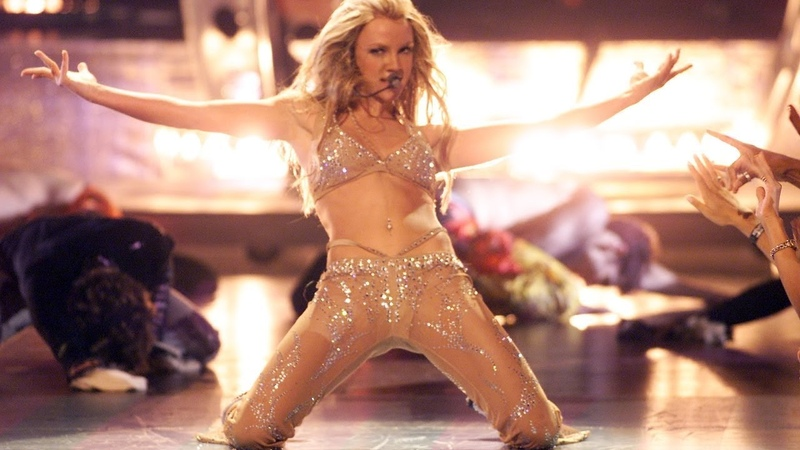 Britney Spears - (I Can't Get No) Satisfaction/Oops!... I Did It Again - Live @ MTV VMA HD