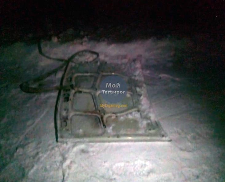 Под Таганрогом погиб несовершеннолетний, прицепившись тросом к «ВАЗ-2107»