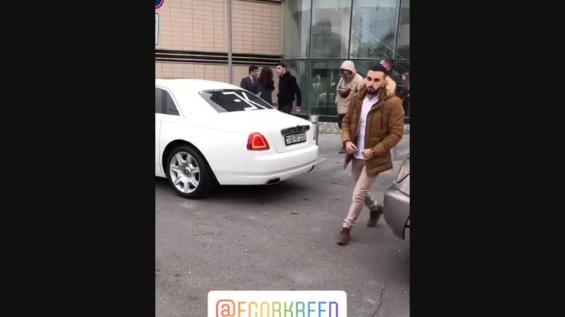 """🐰ᴇᴋ_ғᴀᴍɪʟʏ_ғᴏʀᴇᴠᴇʀ_ᴇᴋ🐰 on Instagram  """"Уже в Ереване 😻"""