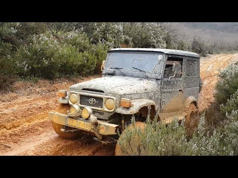 Best Toyota FJ40 Offroad - Crazy 4x4 Car Off Road Extreme On Muddy Road