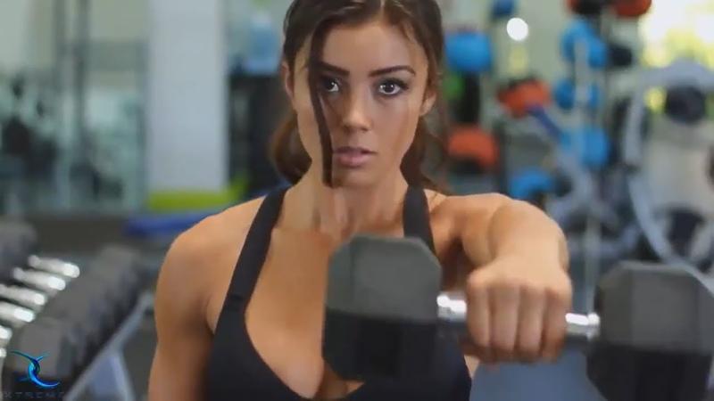 Fitness beauty girl