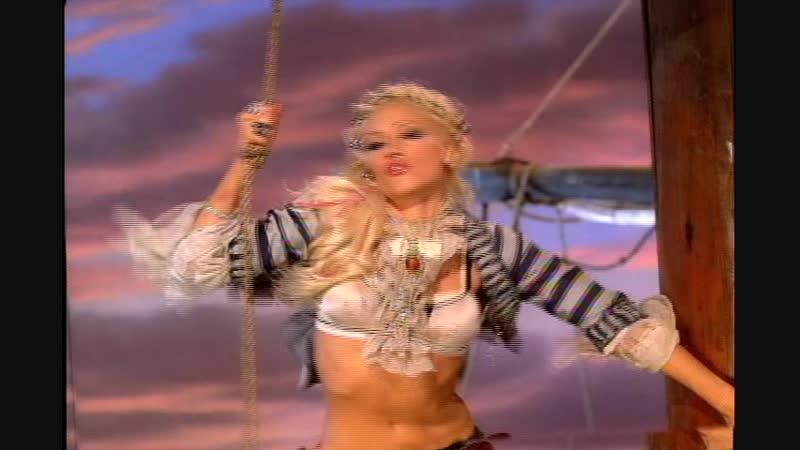 Gwen Stefani feat Eve Rich Girl 2004